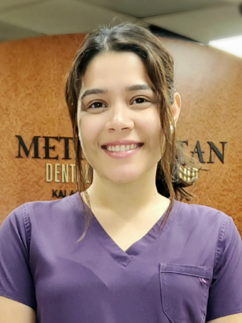 Flor at Metropolitan Dental Specialty Group